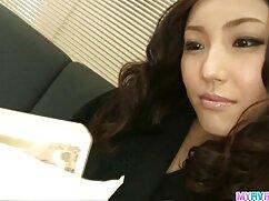 Asiático es un señoras calientes mexicanas gatito chupando